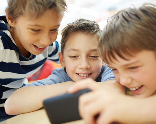 Tips to Share with Families: Practical Advice for Raising Kids in the Digital Age